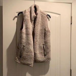 Sherpa cream vest